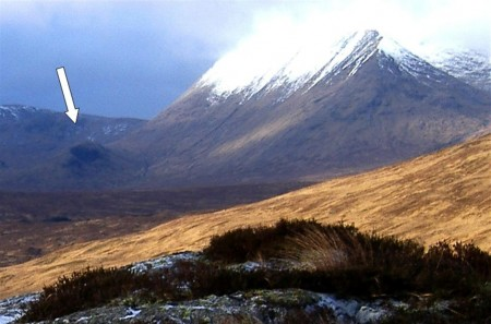 Meall Tionaill  surrounded by its larger neighbours