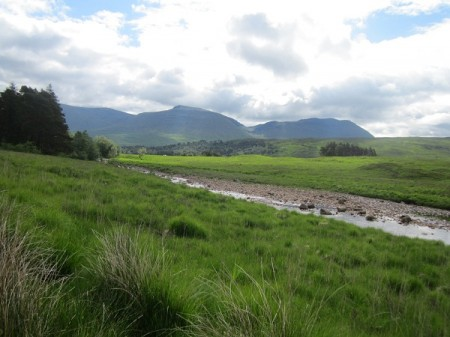 'The Bridge of Orchy hills from near Victoria Bridge'