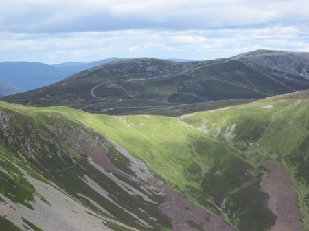 Towards Carn Aosda