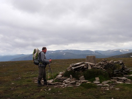 Dark skies at the summit of Sgairneach Mhor