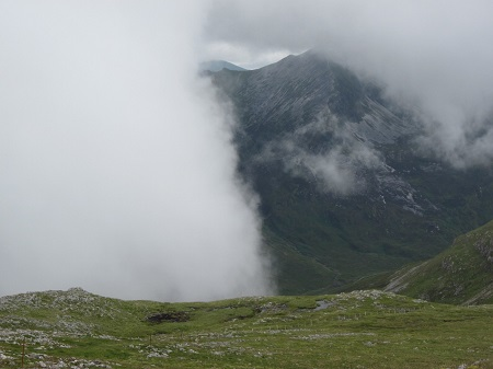 Cloud arriving ...the summit of Mam na Gualainn