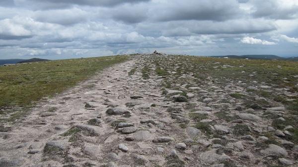 The flat summit of Carn an t'Segairt Mor