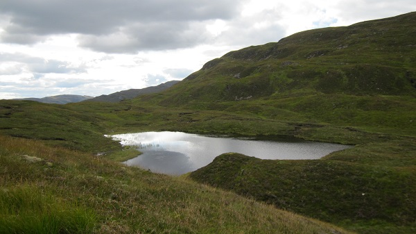 A lonely loch, below Meall Tairbh